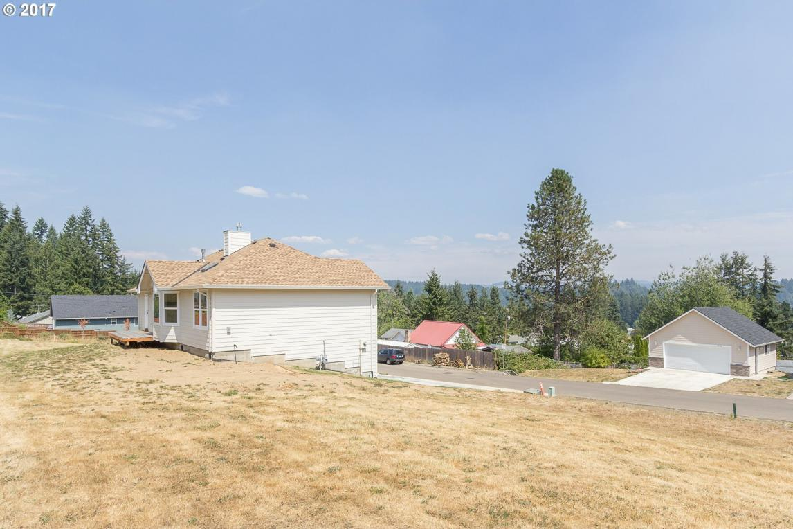 965 4th Ave, Vernonia, OR 97064