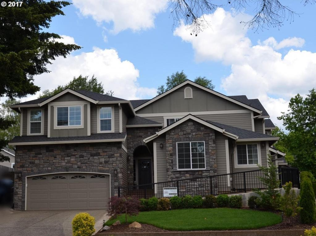 1775 Ostman Rd, West Linn, OR 97068