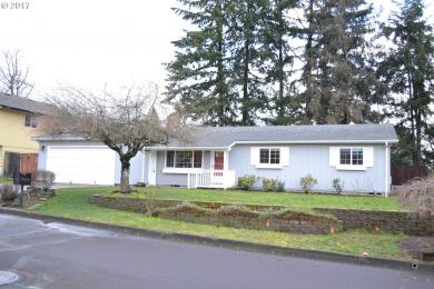 13195 SW Ash Dr, Tigard, OR 97223