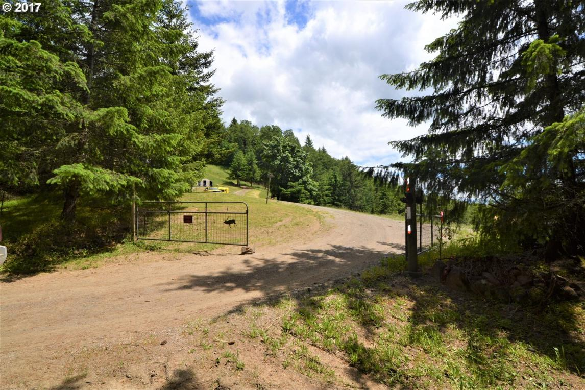 9855 SW Vine Maple Dr, Mcminnville, OR 97128