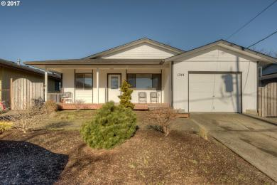 1244 7th Ave, Seaside, OR 97138
