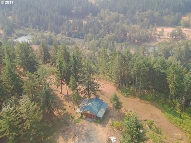 35235 Row River Rd, Cottage Grove, OR 97424