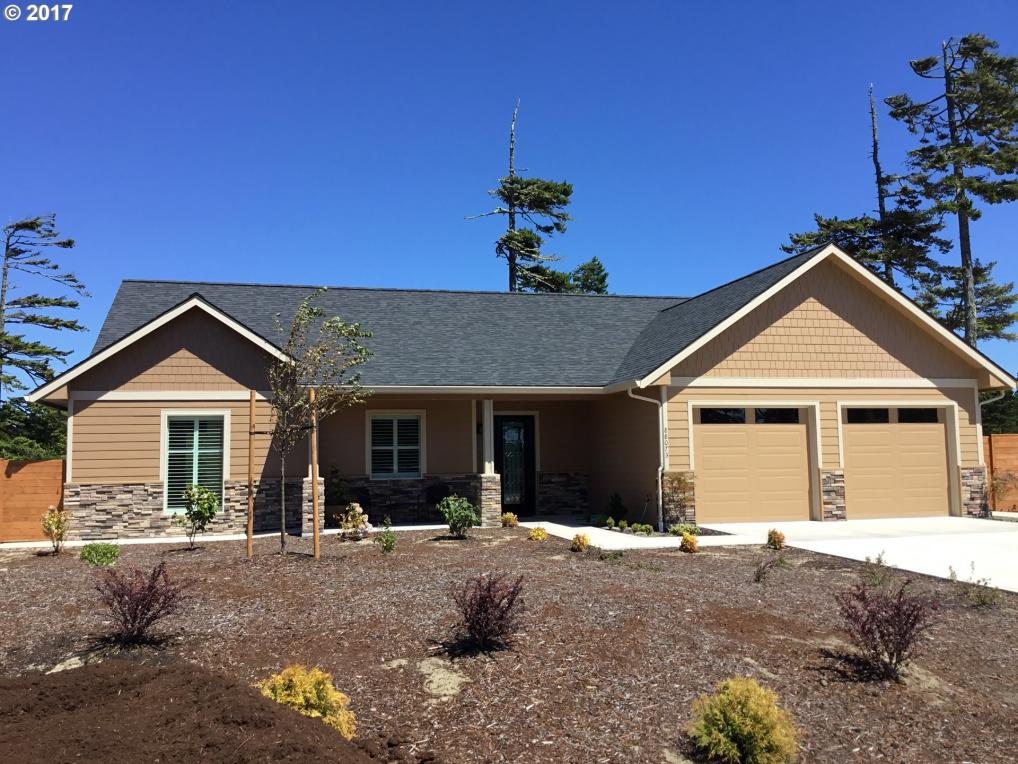 88073 Lake Point Dr, Florence, OR 97439