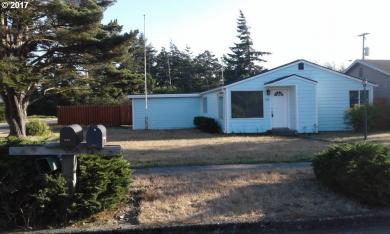 1882 17th St, Florence, OR 97439
