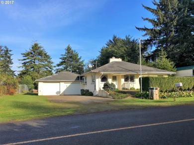 91465 Spaw Ln, Coos Bay, OR 97420