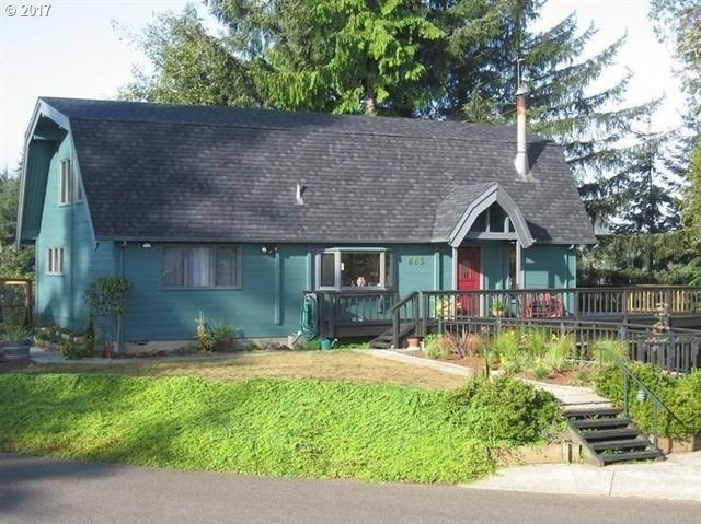 665 18th Ave, Coos Bay, OR 97420