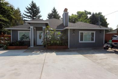 142 NE 192nd Ave, Portland, OR 97230