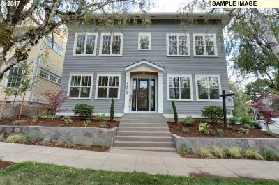 Photo of 7405 SE 34th Ave, Portland, OR 97202