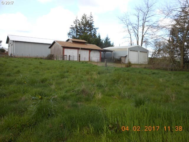 8691 NW Clay Pit Rd, Yamhill, OR 97148