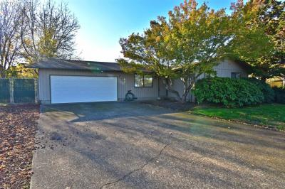 Photo of 834 S 8th Pl, Harrisburg, OR 97446
