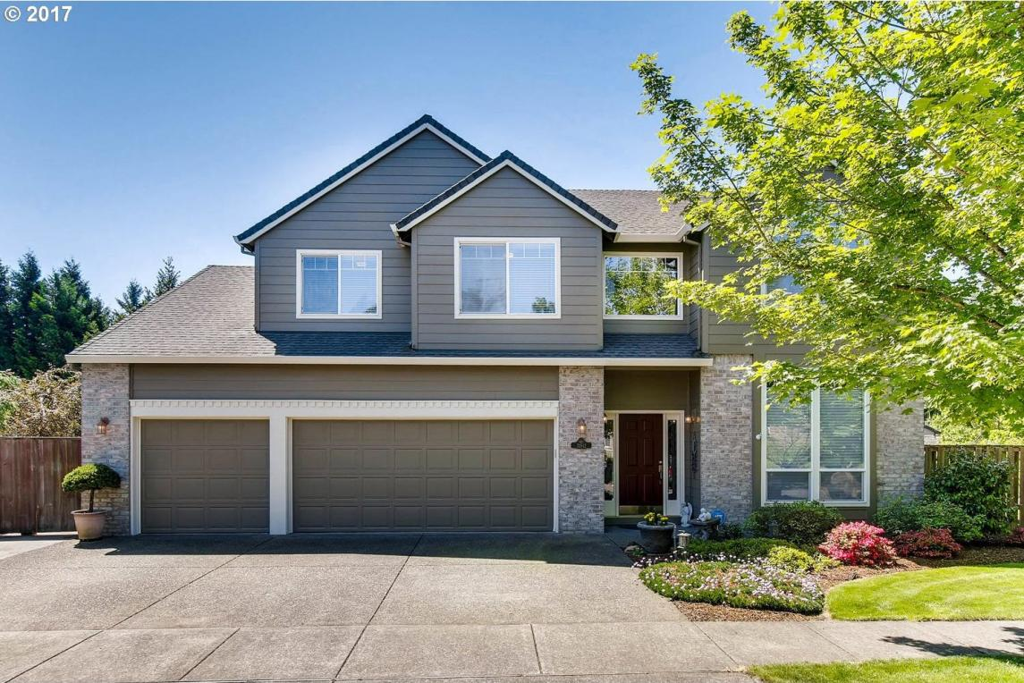 31512 SW Orchard Dr, Wilsonville, OR 97070