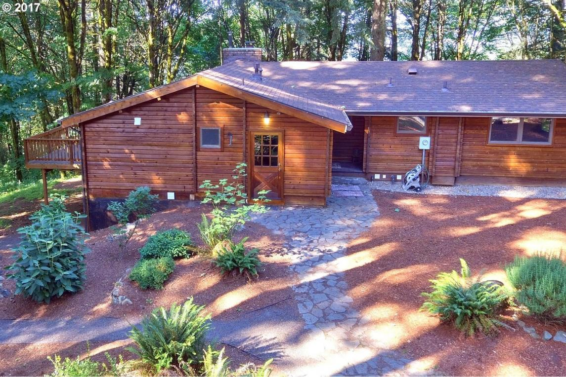 9309 NE Red Hills Rd, Dundee, OR 97115
