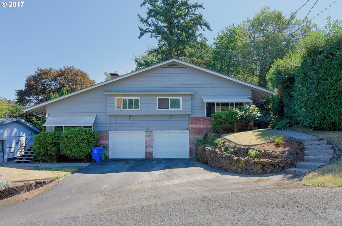 9050 SW 38th Ave, Portland, OR 97219