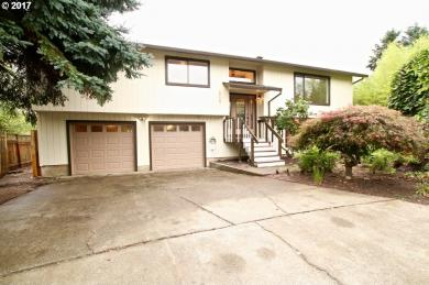 12180 SW Merestone Ct, Tigard, OR 97223