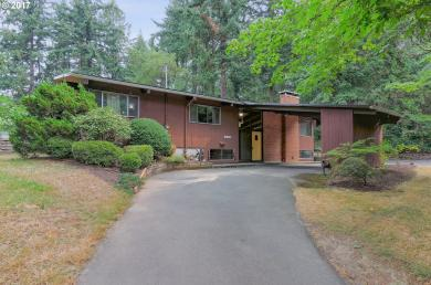 8526 SW 45th Ave, Portland, OR 97219
