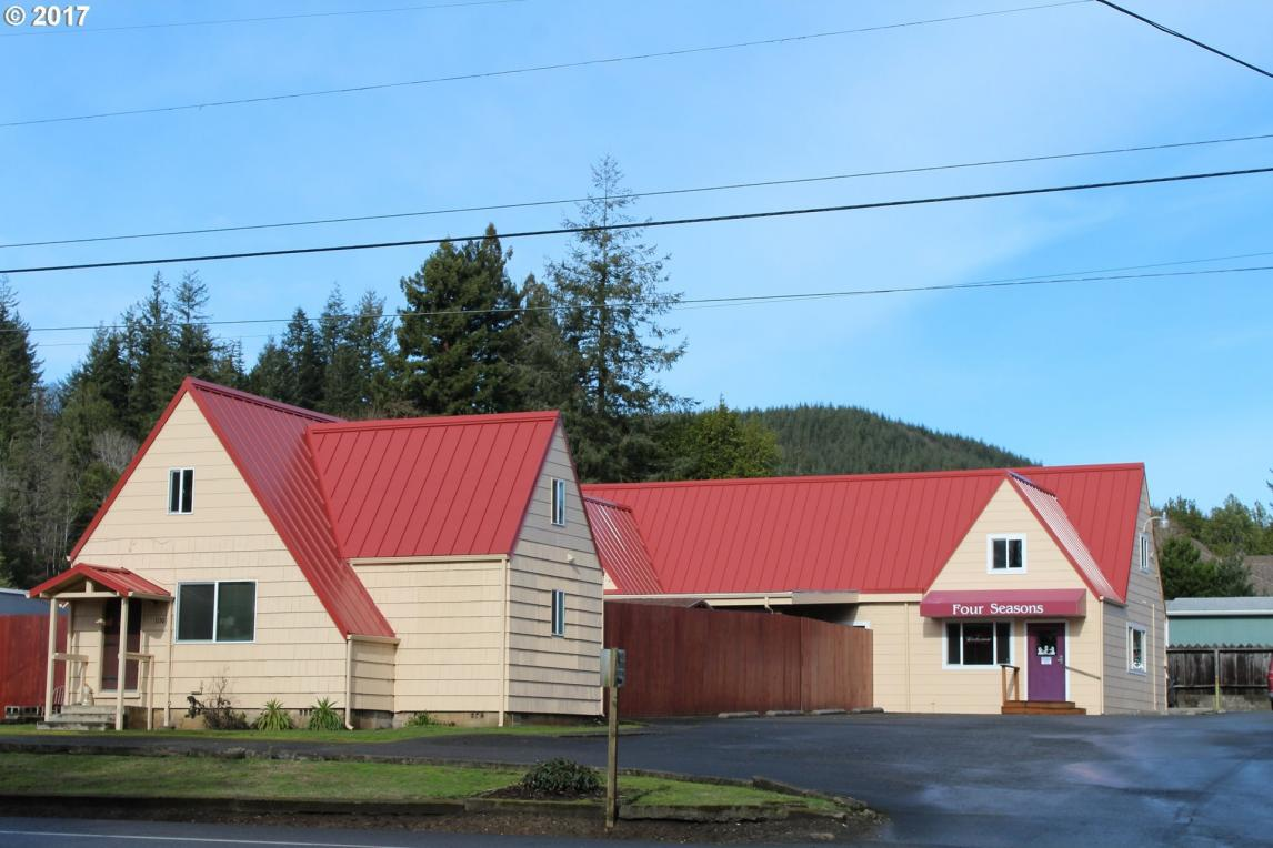 1030 W Central St, Coquille, OR 97423