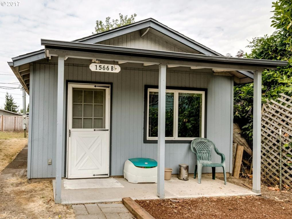 1566 Laura St, Springfield, OR 97477