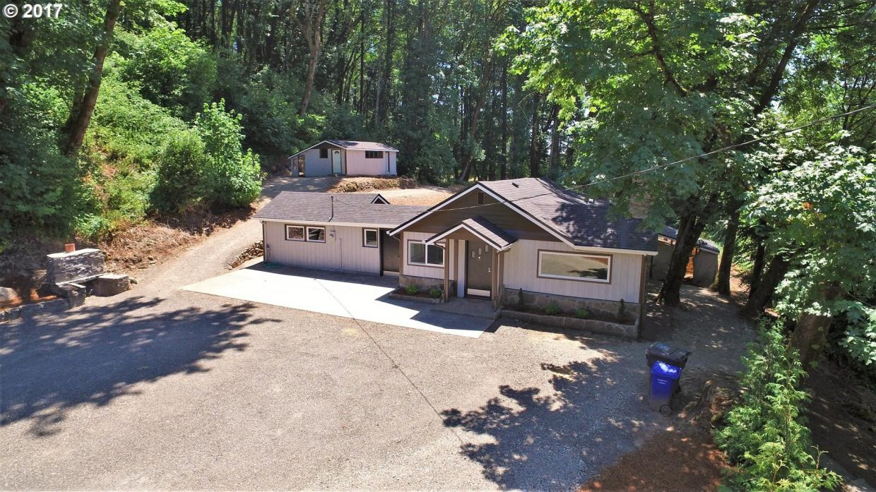 20064 S Central Point Rd, Oregon City, OR 97045