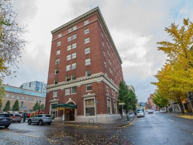 1005 SW Park Ave #702, Portland, OR 97205