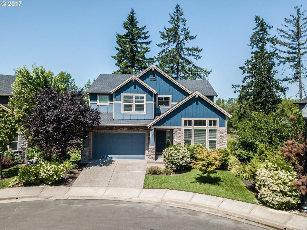 4715 Masters Dr, Newberg, OR 97132