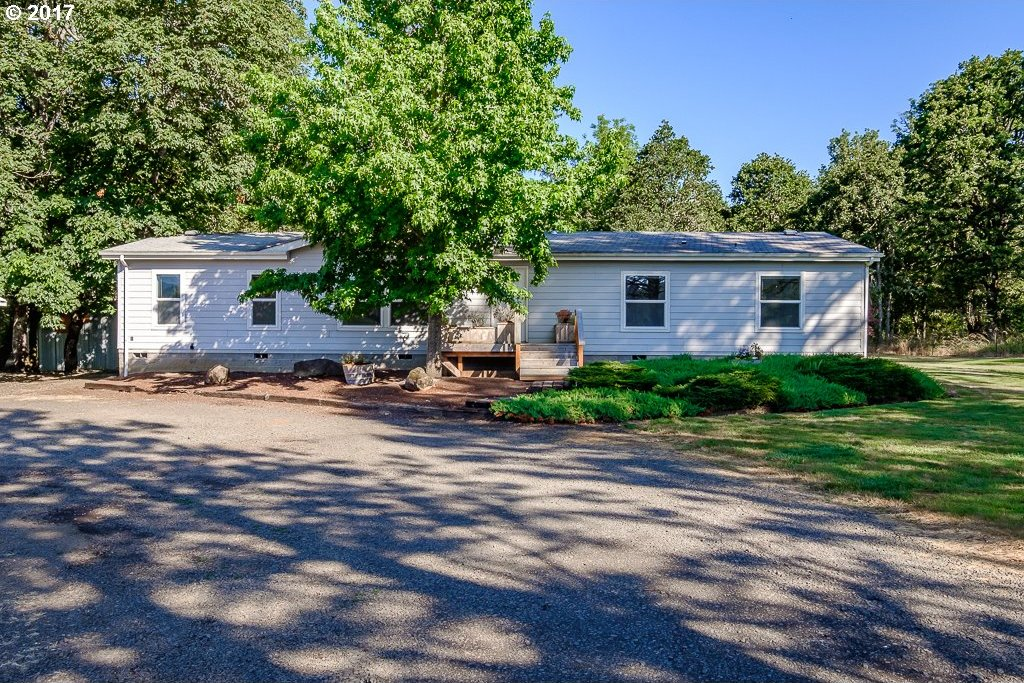 36725 Mountain Home Dr, Brownsville, OR 97327