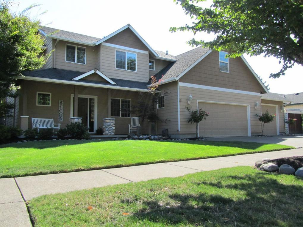 3599 Sterling Woods Dr, Eugene, OR 97408