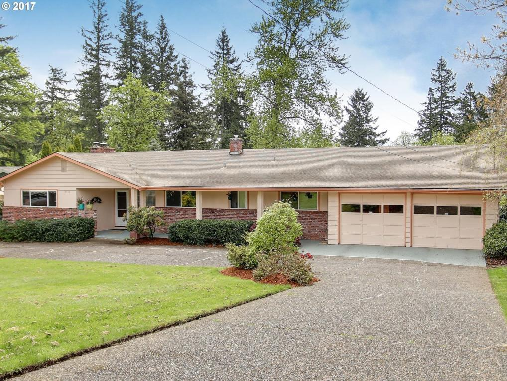 15032 SE Monner Rd, Happy Valley, OR 97086