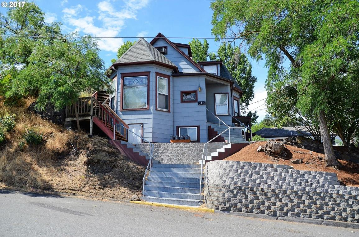 314 E 5th St, The Dalles, OR 97058