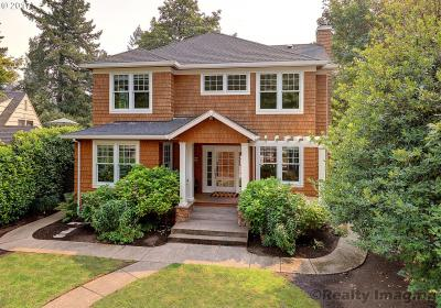 Photo of 17399 Canal Cir, Lake Oswego, OR 97035