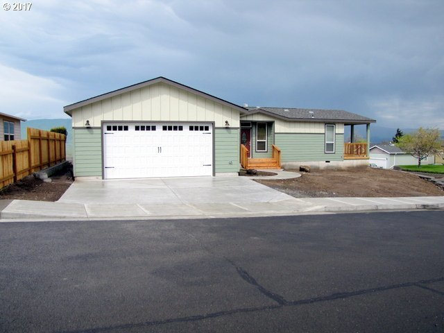 1903 Golden Way, The Dalles, OR 97058