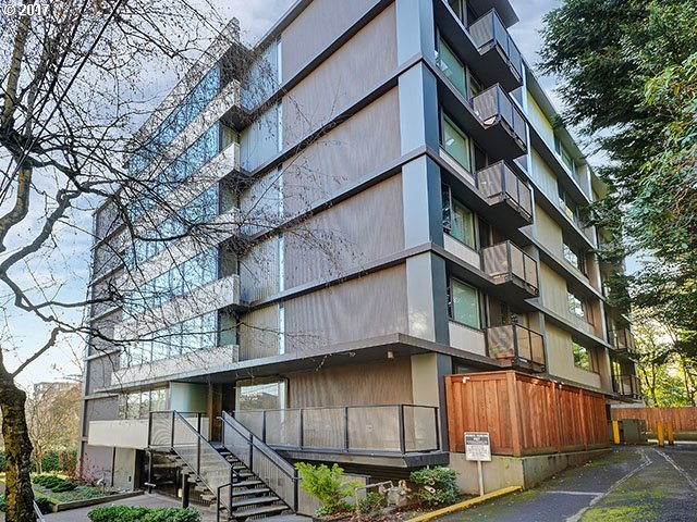 2020 SW Main St #404, Portland, OR 97205
