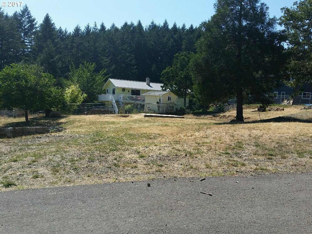 538 Tanglewood St, Sutherlin, OR 97479