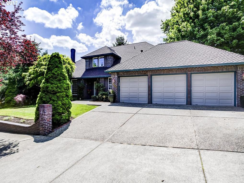 14867 SE Megan Way, Clackamas, OR 97015
