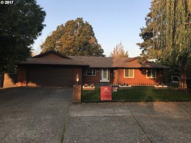 3702 SE Sandy Cir, Troutdale, OR 97060