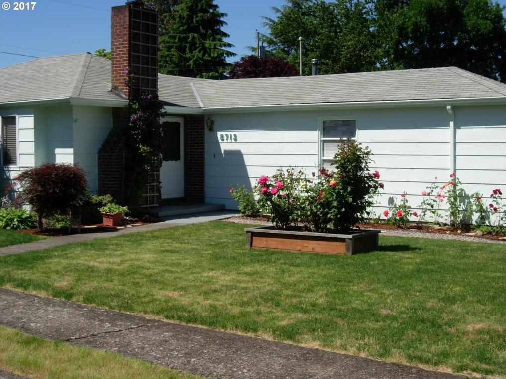 8713 SE Cornwell Ave, Happy Valley, OR 97086