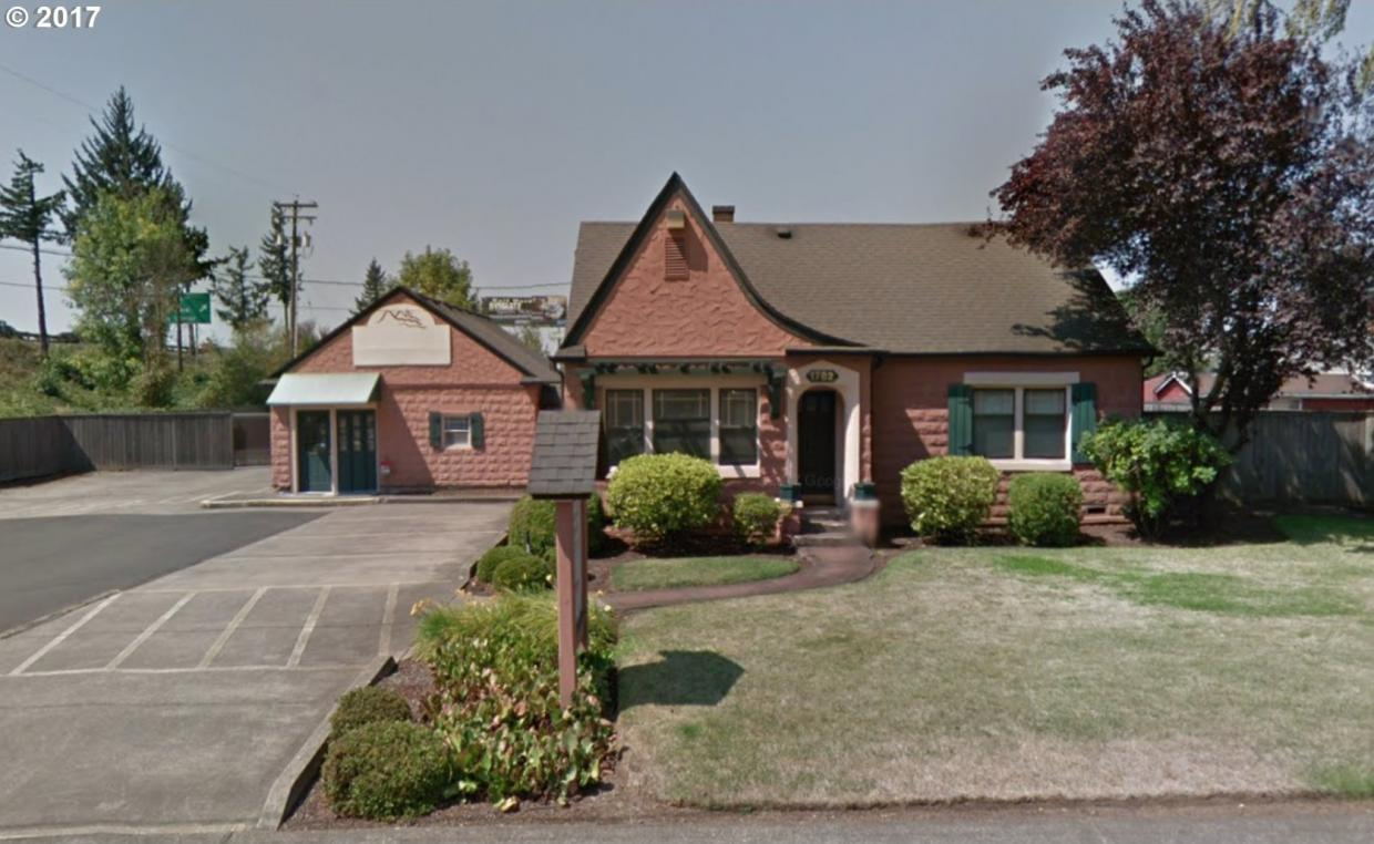 1782 5th St, Springfield, OR 97477