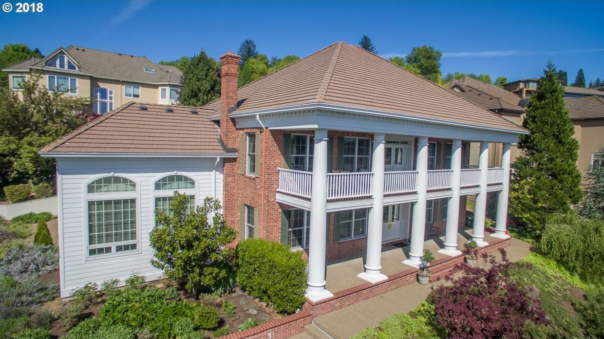 9321 NW Finzer Ct, Portland, OR 97229