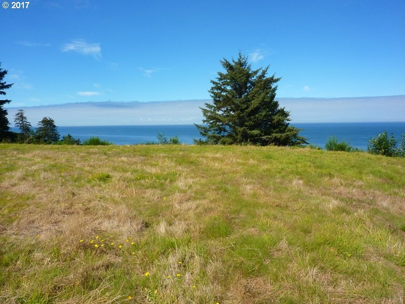 510 Tl South Beach Rd, Neskowin, OR 97149