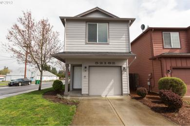 52182 SE Eifall Pl, Scappoose, OR 97056