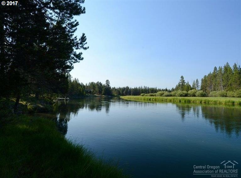 55829 Wood Duck Dr, Bend, OR 97707