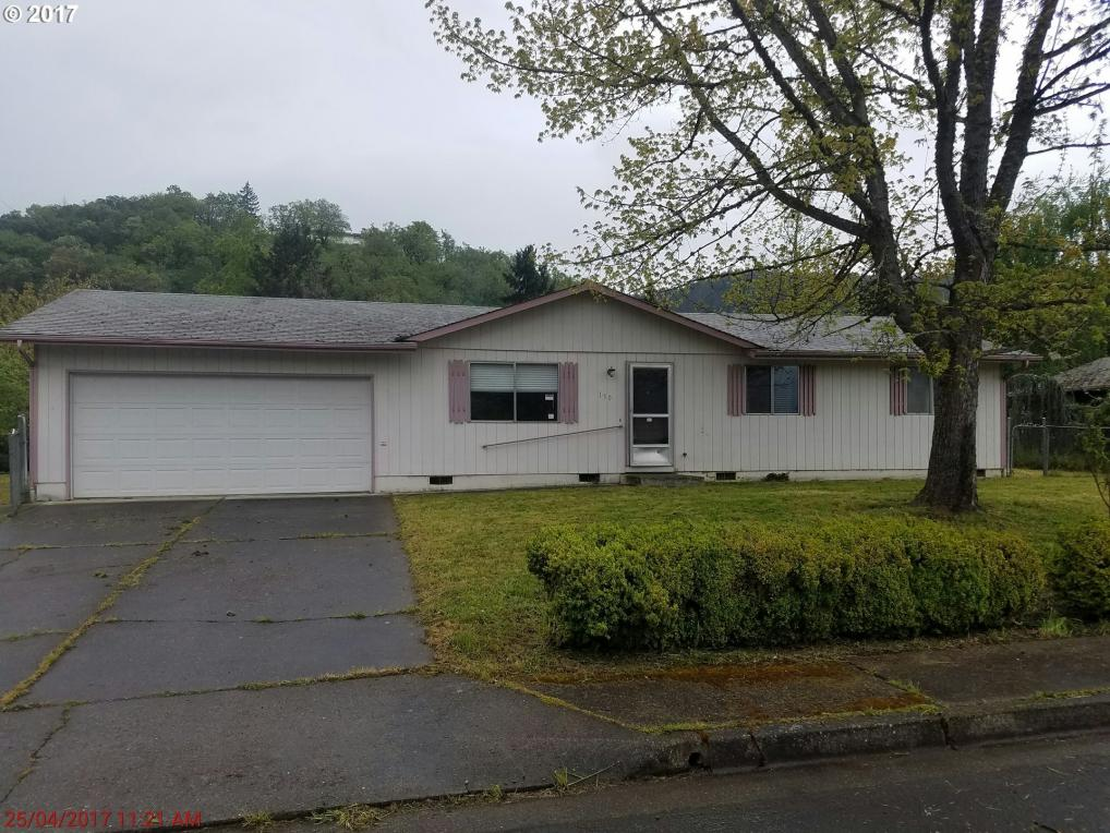 150 Milly Ave, Myrtle Creek, OR 97457