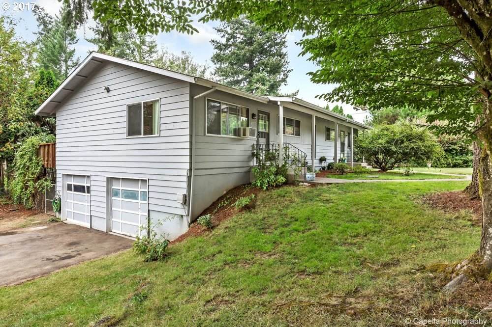 8555 SW Pinebrook St, Portland, OR 97224
