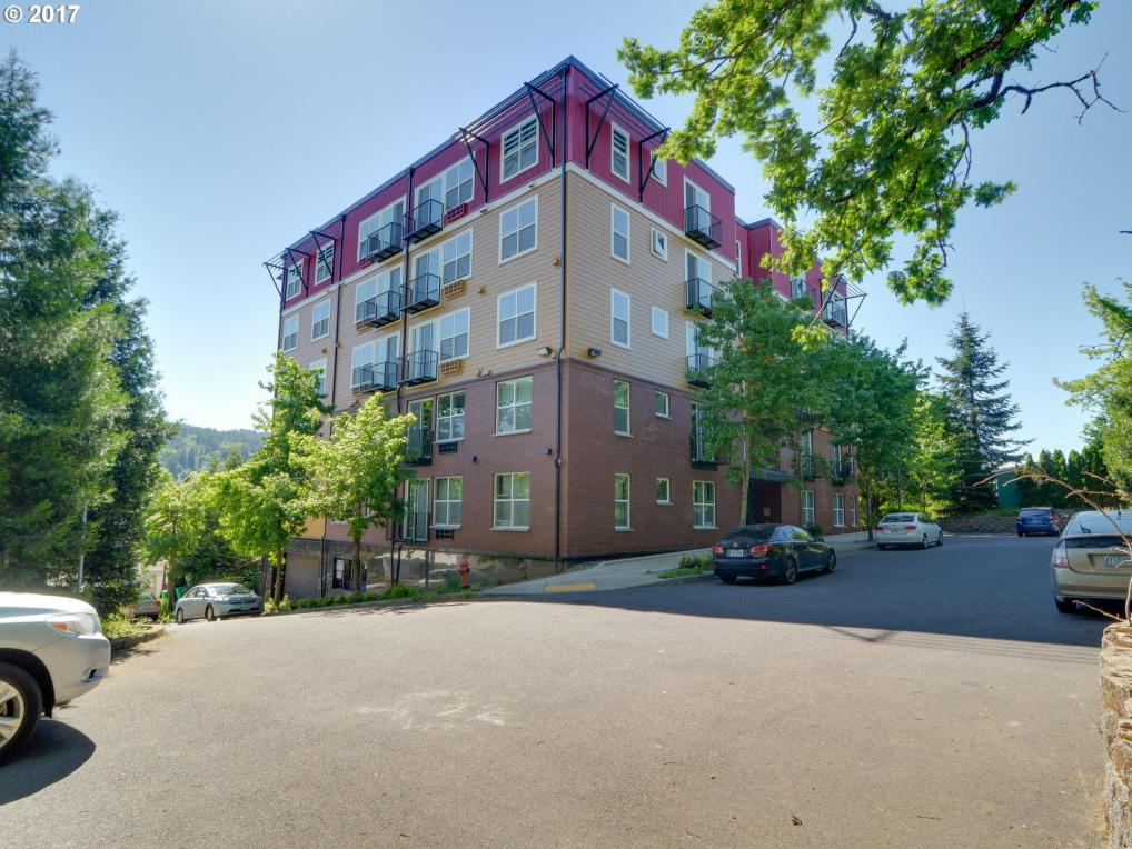 8712 N Decatur St #301, Portland, OR 97203