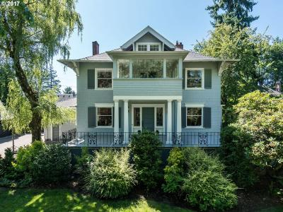 Photo of 2611 SW Ravensview Dr, Portland, OR 97201