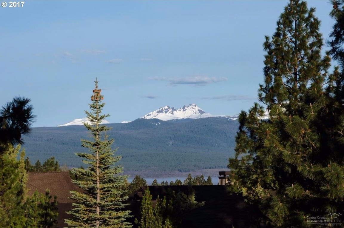 1335 NW Remarkable, Bend, OR 97703
