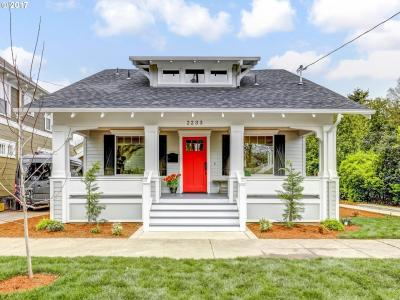 Photo of 2233 SE 26th Ave, Portland, OR 97214