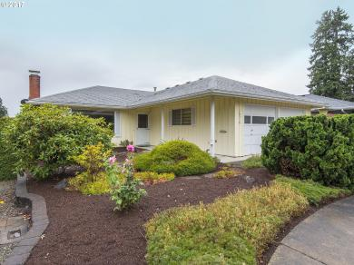 16510 SW King Charles Ave, King City, OR 97224