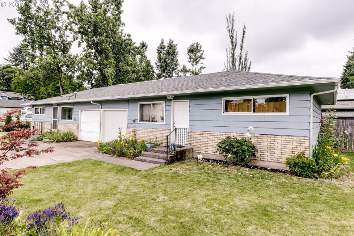 3693 Sisters View Ave, Eugene, OR 97401