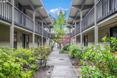 668 Mcvey Ave #43, Lake Oswego, OR 97034