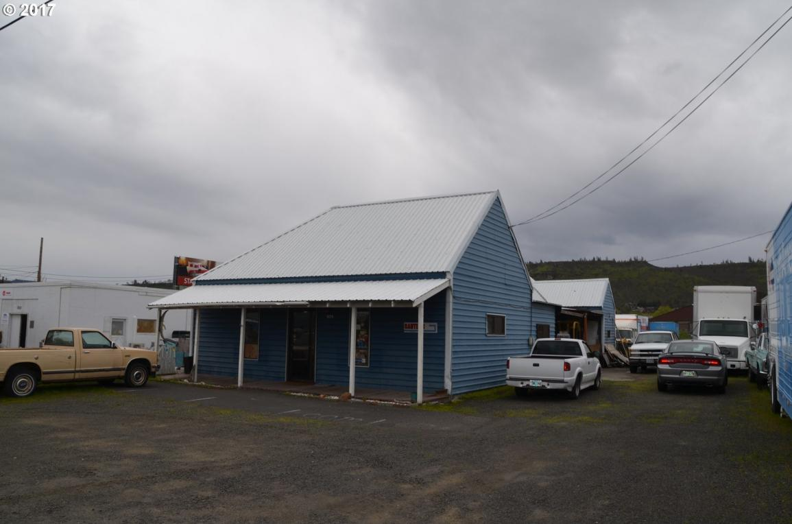 3224 W 2nd, The Dalles, OR 97058